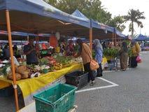 Gli agricoltori commercializzano a Paroi Jaya, Seremban, Negeri Sembilan alla Malesia Immagini Stock