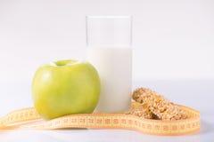 Gli alimenti equilibrati sono sulla superficie Immagine Stock Libera da Diritti
