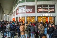 Gli alimenti a rapida preparazione di Jollibee aprono il suo primo ristorante europeo a Milano, Immagine Stock Libera da Diritti