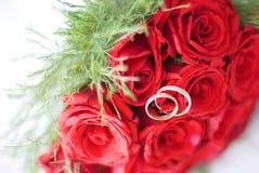 Gli anelli di cerimonia nuziale Immagine Stock Libera da Diritti