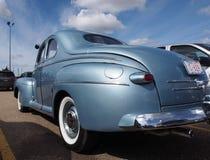 Gli anni 40 antichi ristabiliti Ford Coupe Immagini Stock