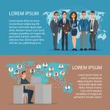 Gli avatar ed il globo sociali di concetto della rete di media tracciano fumetto Fotografia Stock