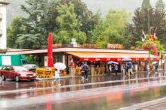 Gli avvertimenti sonori escludono & ristorante in Svizzera Fotografia Stock Libera da Diritti