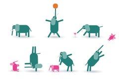 Gli elefanti sottraggono isolato su un fondo bianco Immagine Stock Libera da Diritti