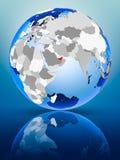 Gli Emirati Arabi Uniti sul globo immagini stock libere da diritti