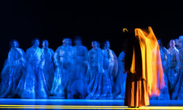 Gli esseri umani hanno ` di Cangyangjiacuo di dramma di ballo di Buddha- `` Immagini Stock