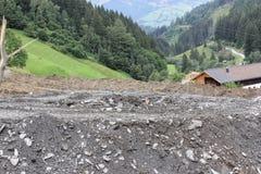 Gli infangamenti sfregiano i pendii di collina dell'Austria che seguono la pioggia persistente UE Immagini Stock Libere da Diritti