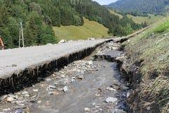 Gli infangamenti sfregiano i pendii di collina dell'Austria che seguono la pioggia persistente UE Immagine Stock Libera da Diritti