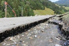 Gli infangamenti sfregiano i pendii di collina dell'Austria che seguono la pioggia persistente UE Fotografia Stock Libera da Diritti