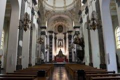 Gli interni di una chiesa a Bruxelles Immagini Stock