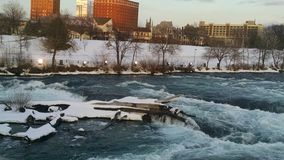 Gli inverni della caduta di Niagara fotografia stock