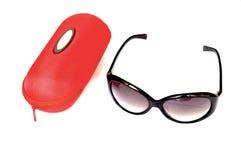 Gli occhiali da sole inscatolano, fondo bianco Fotografie Stock