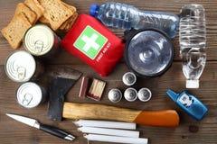 Gli oggetti di emergenza si chiudono su fotografia stock libera da diritti