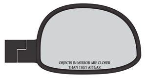 Gli oggetti in specchio del lato dell'automobile sono più vicini Immagini Stock Libere da Diritti