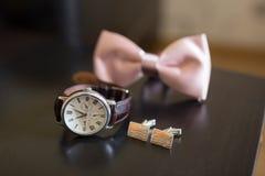 Gli orologi degli uomini Immagini Stock Libere da Diritti