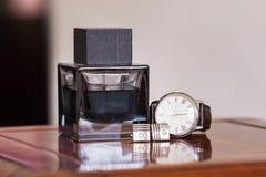 Gli orologi degli uomini Immagini Stock