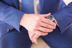 Gli orologi degli uomini Fotografia Stock Libera da Diritti