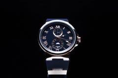 Gli orologi degli uomini costosi Immagini Stock