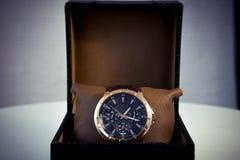 Gli orologi degli uomini costosi Fotografie Stock Libere da Diritti