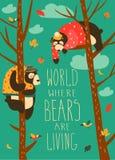 Gli orsi divertenti stanno sedendo sugli alberi royalty illustrazione gratis