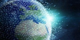 Gli scambi di dati e della rete globale sopra il pianeta Terra 3D si strappano Immagini Stock