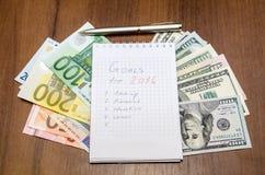 Gli scopi del nuovo anno sono risoluzioni con l'euro Fotografie Stock Libere da Diritti