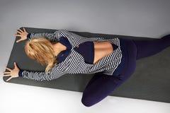 Gli sport di yoga della donna indossano l'atleta della raccolta di salute di forma fisica della palestra Immagine Stock Libera da Diritti