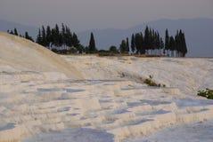 Gli stagni di acqua a terrazze del carbonato di calcio di Pamukkale, Immagini Stock Libere da Diritti