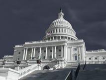 Gli Stati Uniti Campidoglio che sviluppa tempo tempestoso Fotografia Stock Libera da Diritti