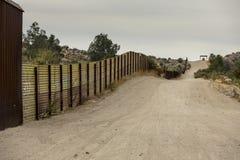 Gli Stati Uniti confinano la parete con il Messico Fotografia Stock Libera da Diritti