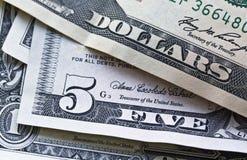 Gli Stati Uniti notano il fuoco su cinque dollari Fotografie Stock Libere da Diritti