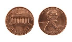 Gli Stati Uniti una moneta del centesimo isolata su bianco Fotografia Stock Libera da Diritti