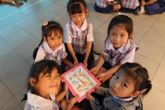 Gli studenti di asilo stanno imparando Fotografia Stock Libera da Diritti