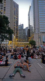 Gli studenti restano alla strada principale in centrale - rivoluzione dell'ombrello in centrale, Hong Kong Fotografia Stock
