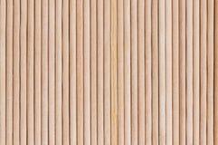 Gli stuzzicadenti di legno si chiudono su fondo per gli ambiti di provenienza o le strutture fotografia stock