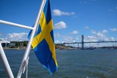 Gli svedese diminuiscono con il ponte nel fondo fotografia stock libera da diritti