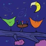Gli uccelli d'annata stanno bevendo il vino alla mezzanotte Fotografia Stock Libera da Diritti