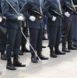 Gli ufficiali di Guardia di Finanza italiani hanno chiamato Guardia di Finanza con Fotografie Stock Libere da Diritti