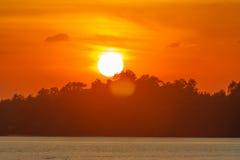 Gli ultimi raggi del sole. Immagini Stock Libere da Diritti