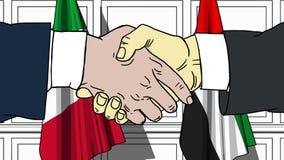 Gli uomini d'affari o i politici stringono le mani contro le bandiere dell'Italia e dei UAE Riunione ufficiale o fumetto relativo illustrazione di stock