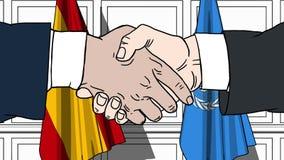 Gli uomini d'affari o i politici stringono le mani contro le bandiere della Spagna e delle nazioni unite Riunione o cooperazione  royalty illustrazione gratis