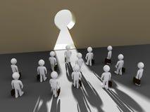 Gli uomini d'affari trovano l'apertura del buco della serratura Immagini Stock Libere da Diritti