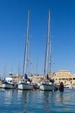 Gli yacht della navigazione sono attraccati in porticciolo in San Giovanni d'Acri, Israele Fotografia Stock