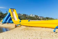 Glidbana för högt vatten för spänning för strand snabb Royaltyfri Fotografi