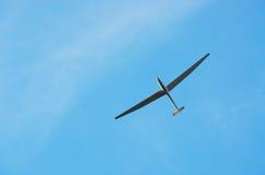 Glidflygplan i flykten Arkivfoto