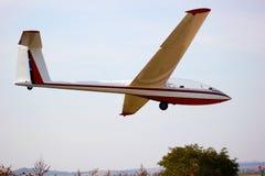 Glidflygplan som tar av Royaltyfria Foton