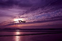 Gliding along the atlantic ocean in Portugal Royalty Free Stock Photography