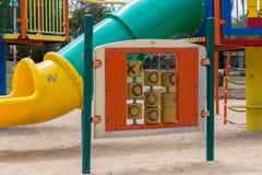 Glijbanen en speelplaatsen Speelplaatspark Royalty-vrije Stock Foto's