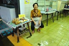 GLIMLACH VAN BANGKOK, THAILAND - NOVEMBER 04 stock foto