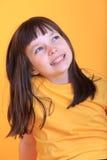Glimlachend jong meisje royalty-vrije stock afbeeldingen